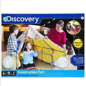 ⛺️Discovery Construction Fort 72 Pieces